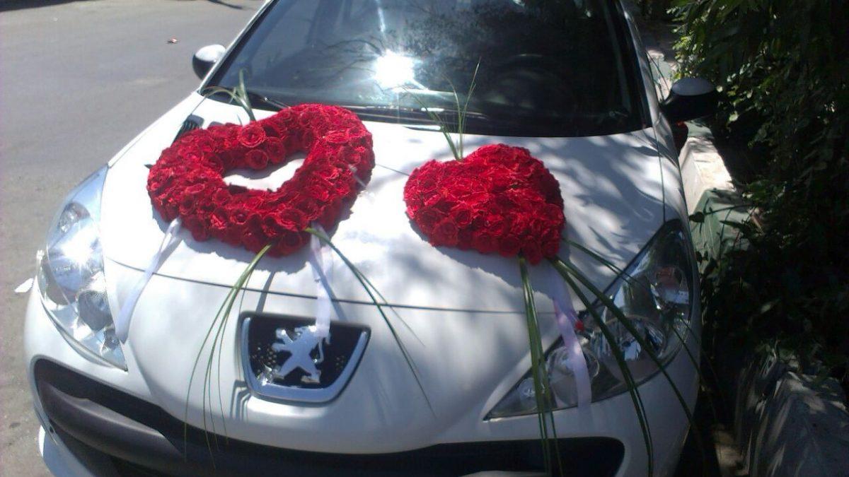 تزئین و گل آرایی ماشین عروس